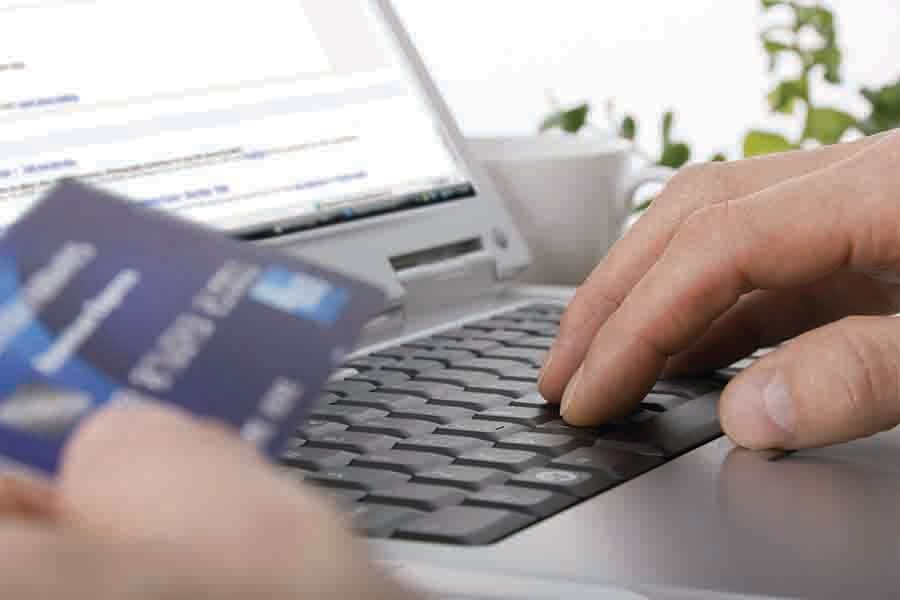 using credit card to manage & pay credit card bills