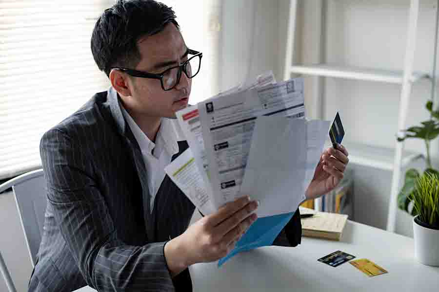 man needs a private loan for upcoming payments